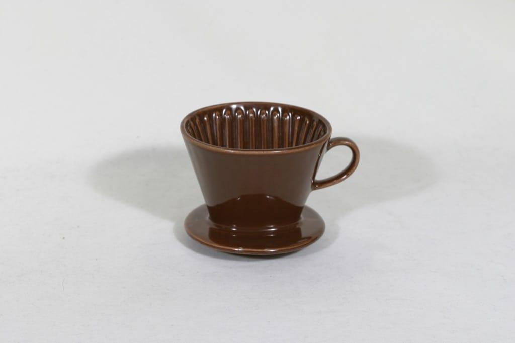 Arabia KS 1 kahvisuppilo, ruskea, suunnittelija , koristelematon