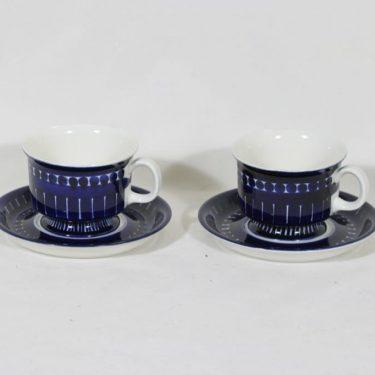 Arabia Valencia kahvikupit, 16 cl, 2 kpl, suunnittelija Ulla Procope, 16 cl, käsinmaalattu, signeerattu