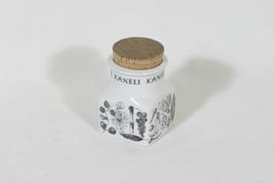 Arabia EK spice jar, cinnamon, designer Esteri Tomula, silk screening