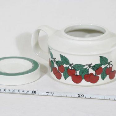 Arabia Kirsikka teekannu, 1 l, suunnittelija Inkeri Seppälä, 1 l, serikuva kuva 2