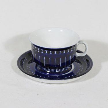 Arabia Valencia teekuppi, 22.5 cl, suunnittelija Ulla Procope, 22.5 cl, käsinmaalattu, signeerattu