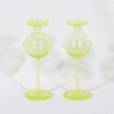 Riihimäen lasi Sulttaani kynttilänjalat, keltainen, 2 kpl, suunnittelija Nanny Still,
