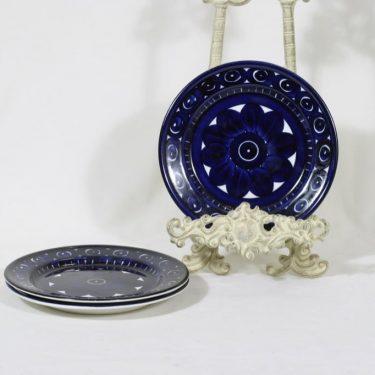 Arabia Valencia lautaset, pieni, 3 kpl, suunnittelija Ulla Procope, pieni, matala, käsinmaalattu, signeerattu