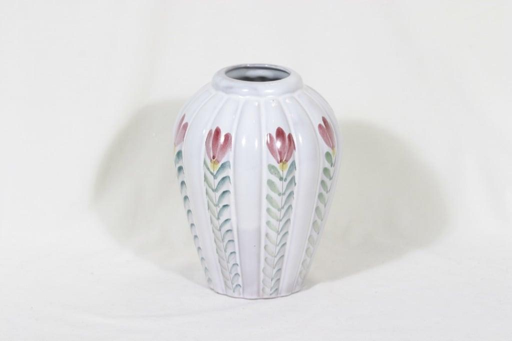 Arabia ARA vase, hand-painted, signed