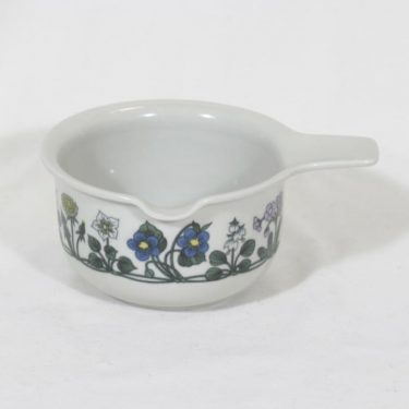 Arabia Flora sauce pitcher, designer Esteri Tomula, silk screening