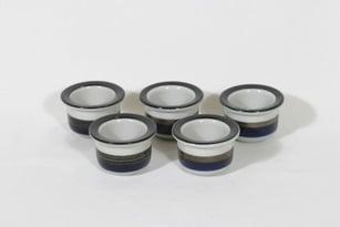 Arabia Saara munakupit, käsinmaalattu, 5 kpl, suunnittelija Anja Jaatinen-Winquist, käsinmaalattu