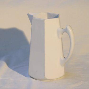 Arabia AU kaadin, valkoinen, suunnittelija , koristelematon