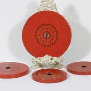 Finel Primavera lieden suojat, punainen, 4 kpl, suunnittelija Raija Uosikkinen, serikuva, retro