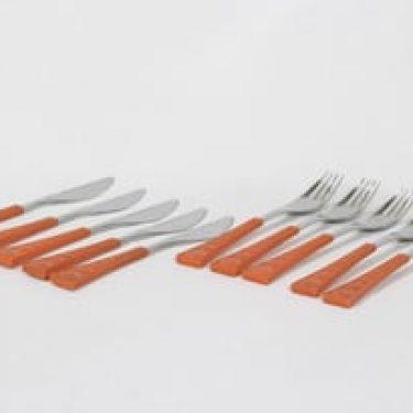 Hackman Colorina aterimet, oranssi, 5+5 kpl, suunnittelija Nanny Still,