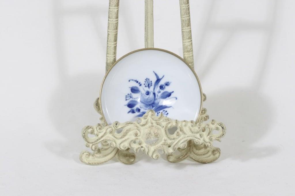Arabia kaadin, käsinmaalattu, suunnittelija Svea Granlund, käsinmaalattu, pieni, signeerattu
