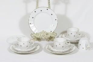 Arabia Hippu kahvikupit ja lautaset, 4 kpl, suunnittelija , painokoriste