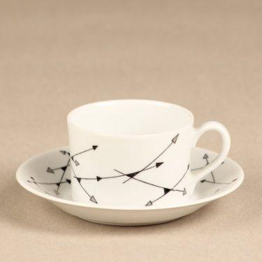 Arabia Nuoli mocha cup, white, Esteri Tomula