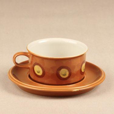 Arabia S teekuppi, käsinmaalattu, suunnittelija Hilkka-Liisa Ahola, käsinmaalattu, signeerattu