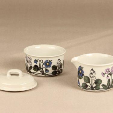 Arabia Flora sokerikko ja kermakko, suunnittelija Esteri Tomula, serikuva, kukka-aihe kuva 2