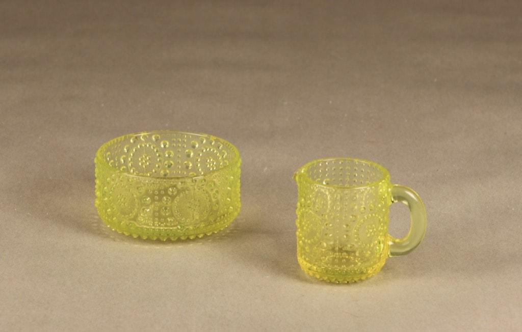 Riihimäen lasi Grapponia sugar bowl and creamer, yellow, Nanny Still,