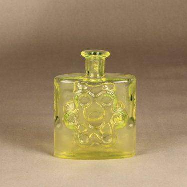 Riihimäen lasi Paukkurauta bottle, yellow designer Erkkitapio Siiroinen,