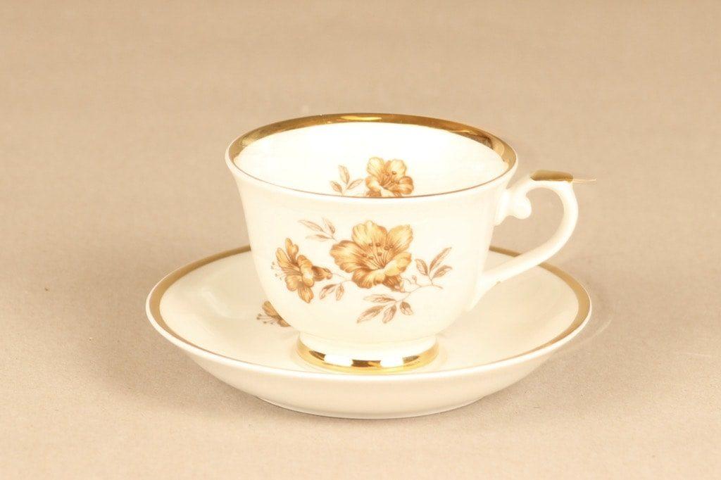 Arabia Myrna kahvikuppi, suunnittelija Olga Osol, siirtokuva, kukkakoriste