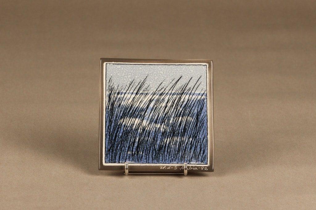 Arabia wall plate Wind in the Rushes designer Heljä Liukko-Sundström