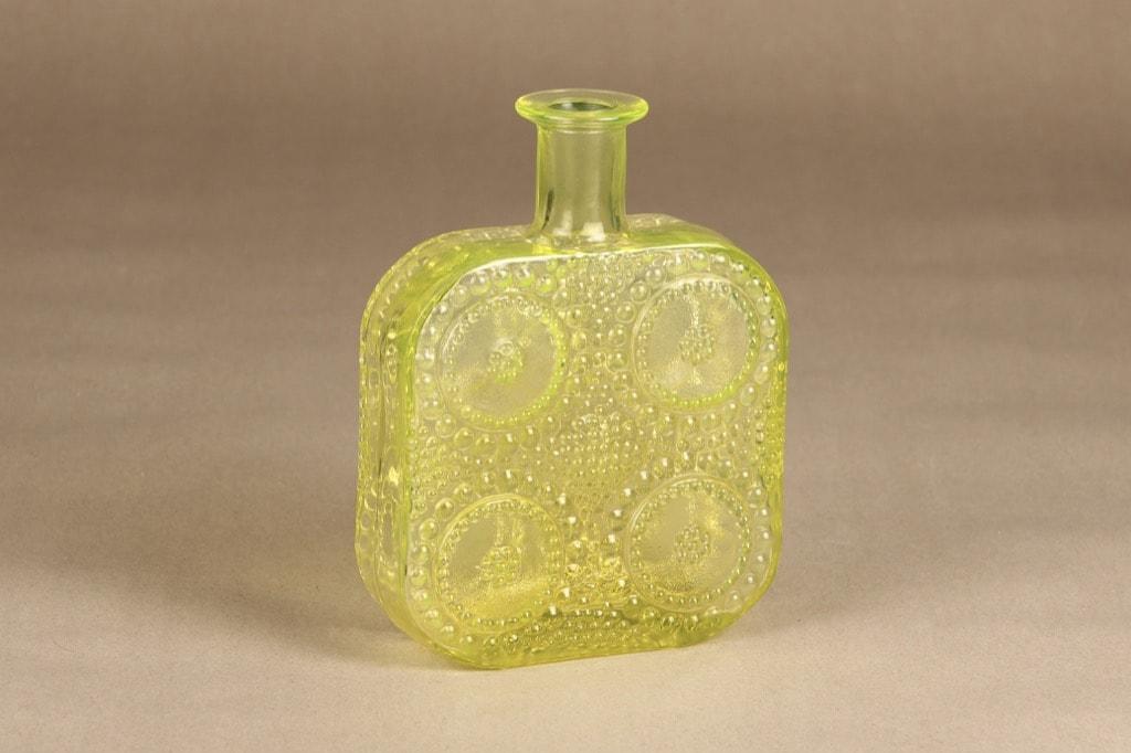 Riihimäen lasi Grapponia bottle yellow design Nanny Still