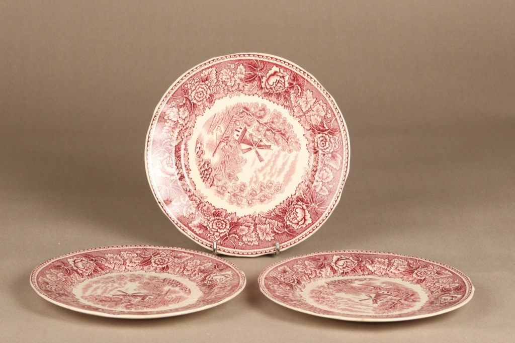Arabia Maisema plate, red, 3 pcs