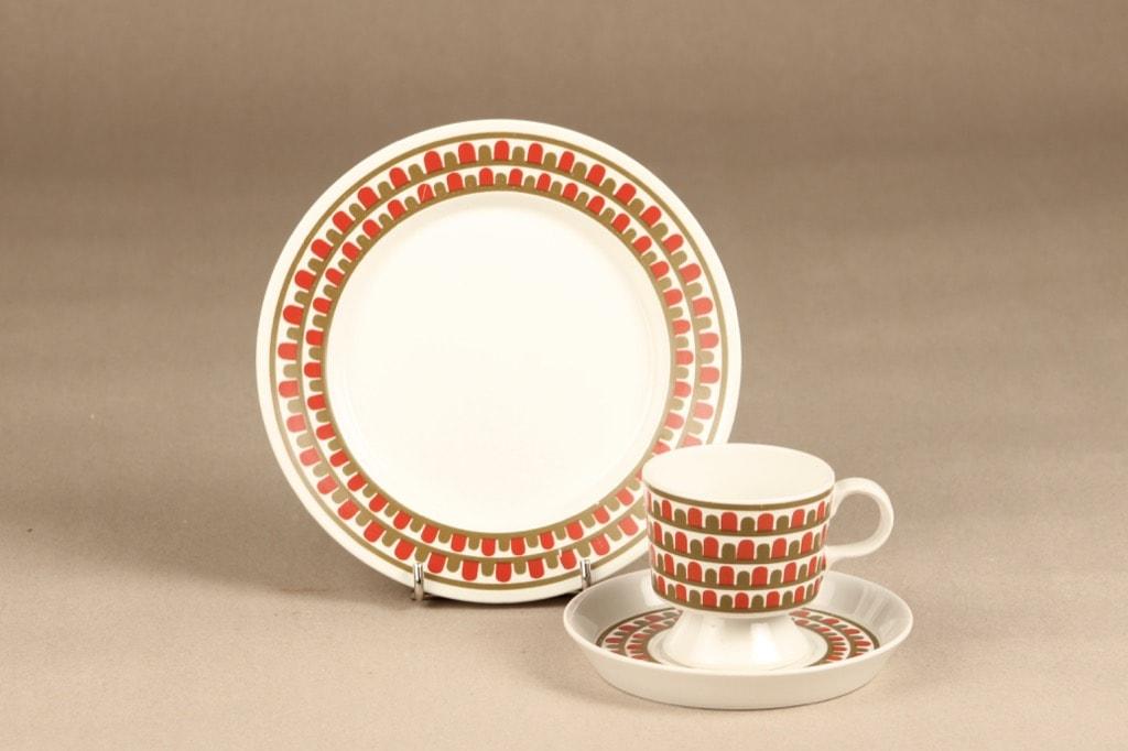 Arabia Raanu kahvikuppi, monivärinen, suunnittelija Olga Osol, Väinämöinen, serikuva