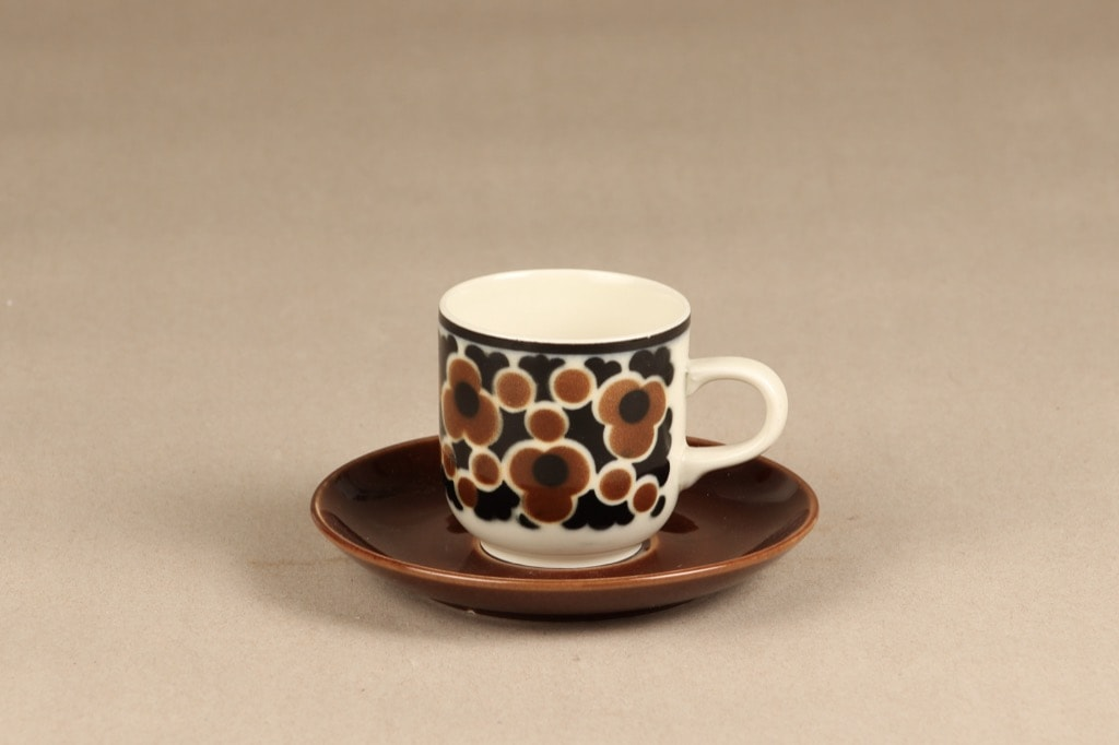 Arabia Kara kahvikuppi, monivärinen, suunnittelija Anja Jaatinen-Winquist, serikuva