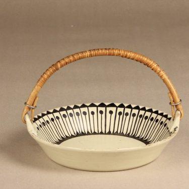 Kupittaan savi keramiikkakori, suunnittelija Orvokki Laine, käsinmaalattu, signeerattu