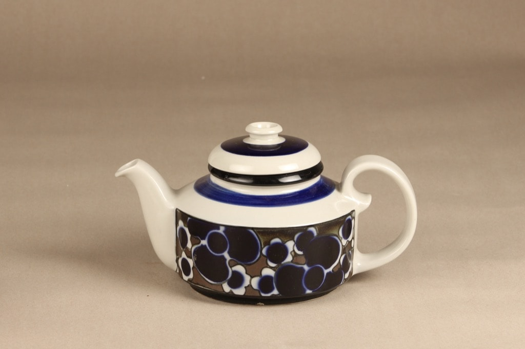 Arabia Saara tea pot, special decoration, designer Anja Jaatinen-Winquist, retro