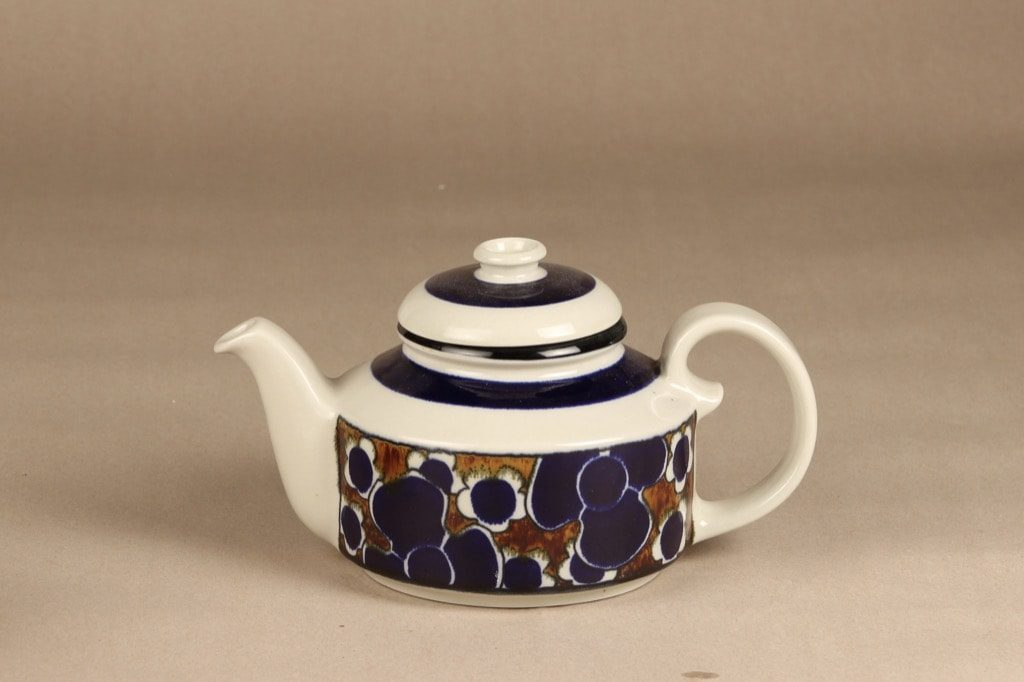 Arabia Saara tea pot, special decoration, designer Anja Jaatinen-Winquist, retro