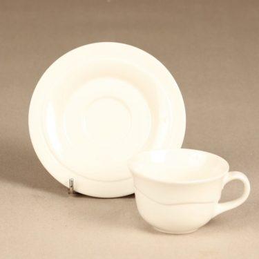 Arabia Tuuli kahvikuppi ja lautaset, valkoinen, suunnittelija Heljä Liukko-Sundström,  kuva 3