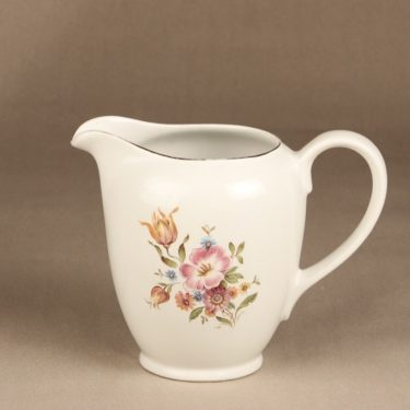 Arabia R jug, 1,5 l, flower theme, silk screening