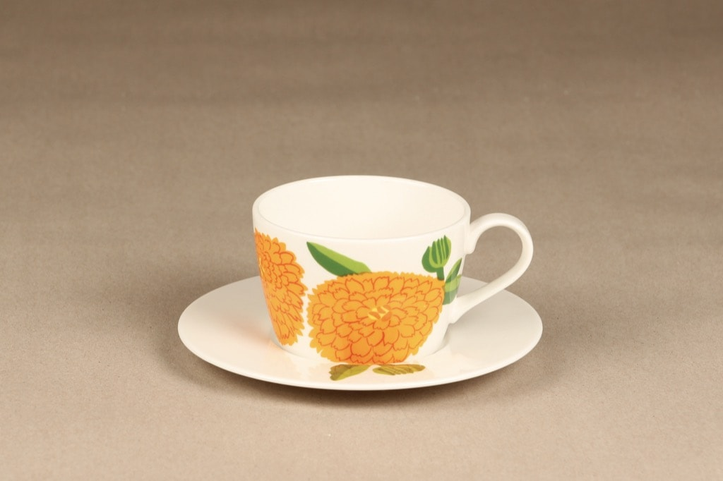 Iittala Primavera coffee cup, orange, designer Maija Isola, silk screening