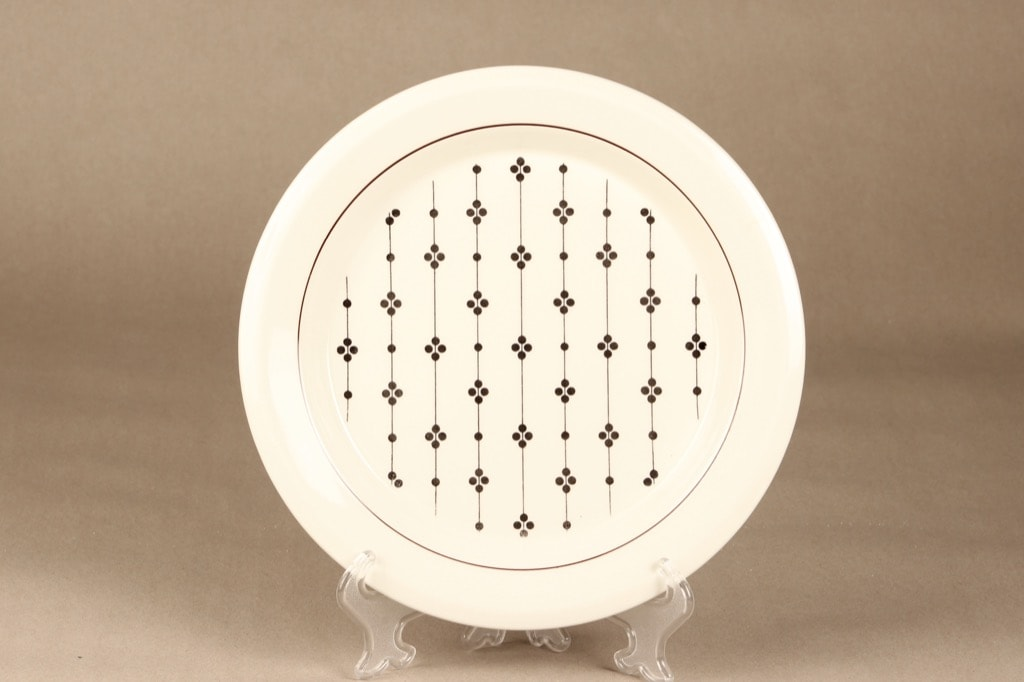 Arabia Kartano plate, black&white, Esteri Tomula