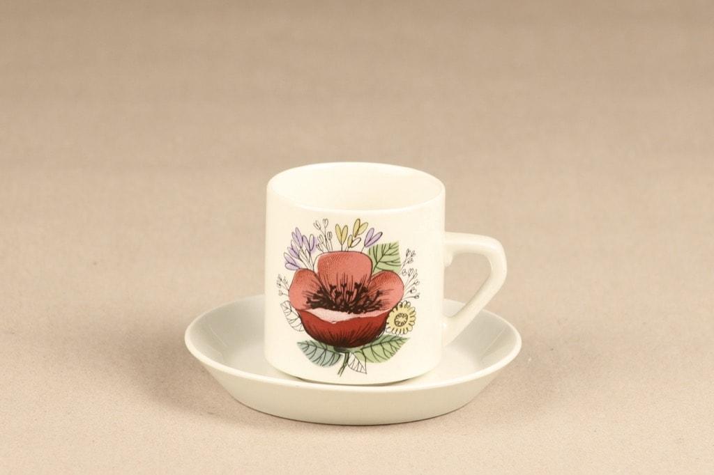 Arabia Valmu kahvikuppi, 2 kpl, suunnittelija Esteri Tomula, serikuva, kukka-aihe