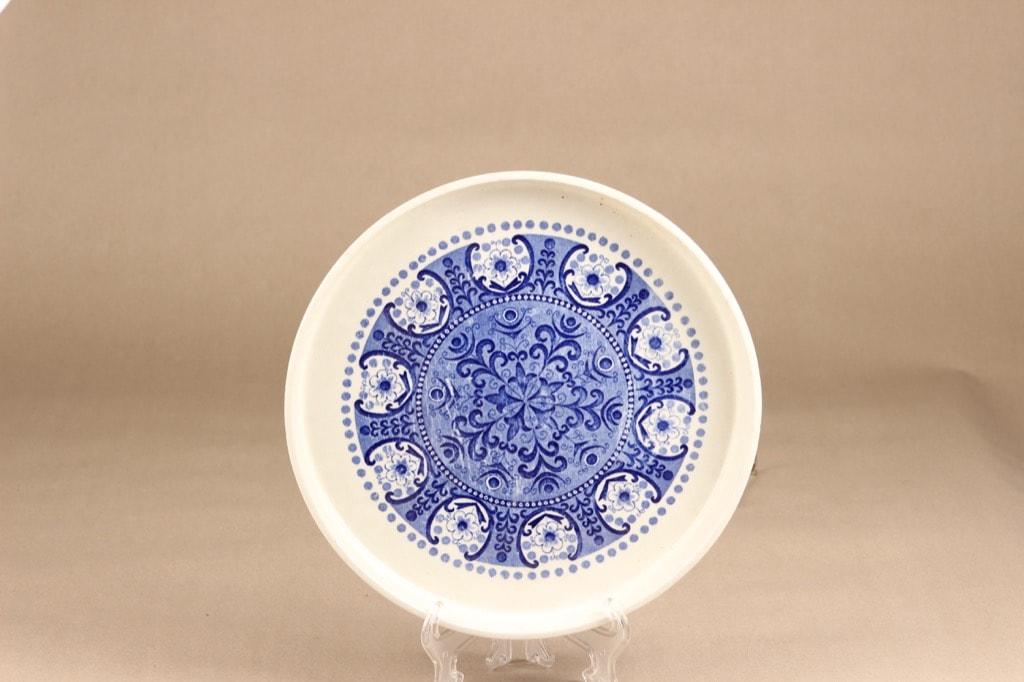 Arabia Ali pie pot, blue, designer Raija Uosikkinen, copper ornament