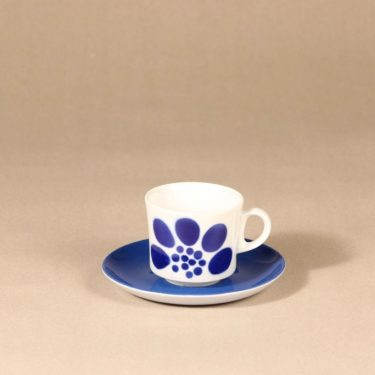 Arabia BR coffee cup, blown decoration