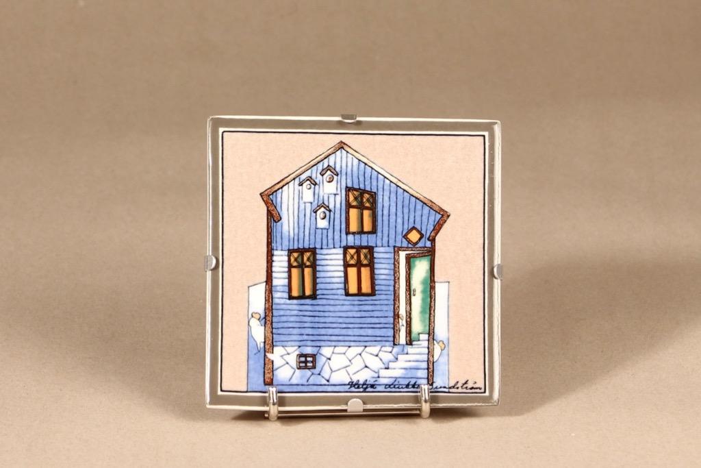 Arabia wall plate, Lintujen talo, designer Heljä Liukko-Sundström