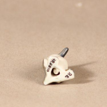Arabia figuuri Pingviini, käsinmaalattu, suunnittelija Raili Eerola,  kuva 3