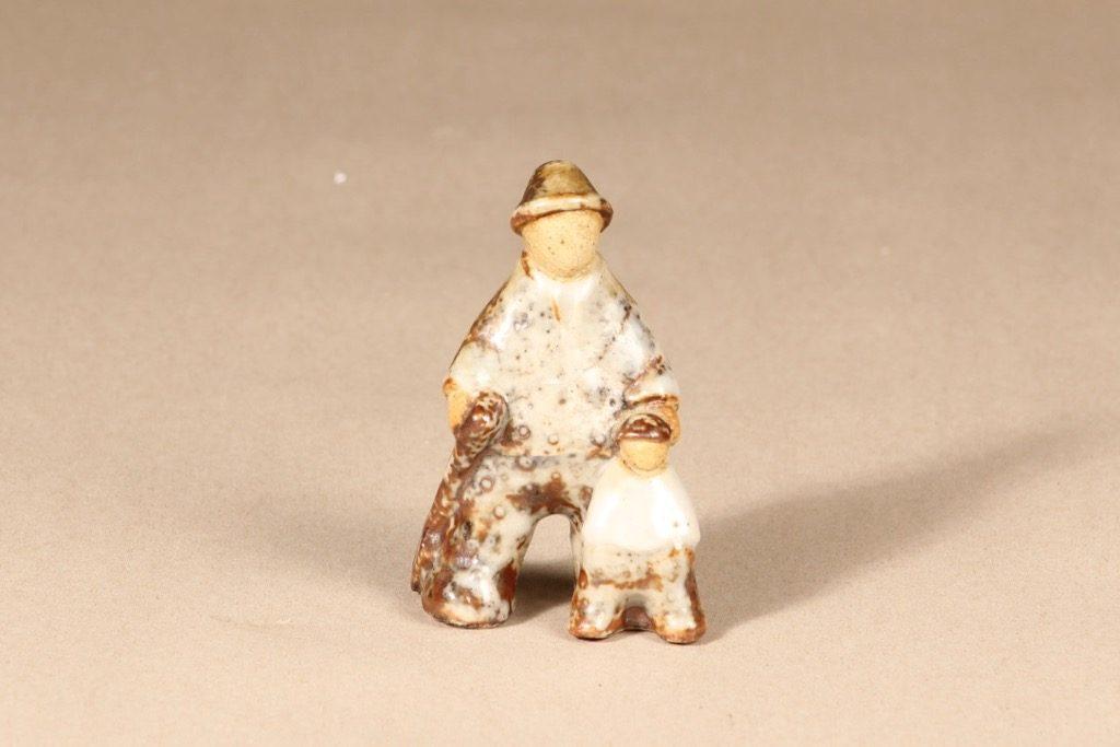 Arabia figuuri, käsinmaalattu, suunnittelija Sakari Vapaavuori, käsinmaalattu