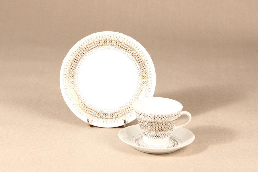 Arabia Kruunu kahvikuppi ja lautaset, 15 cl, 3 kpl, suunnittelija Raija Uosikkinen, 15 cl, serikuva