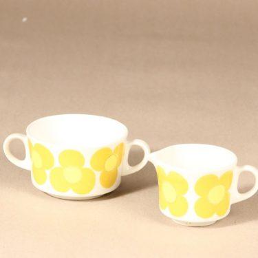 Arabia Aurinko sokerikko ja kermakko, keltainen, suunnittelija Esteri Tomula, serikuva