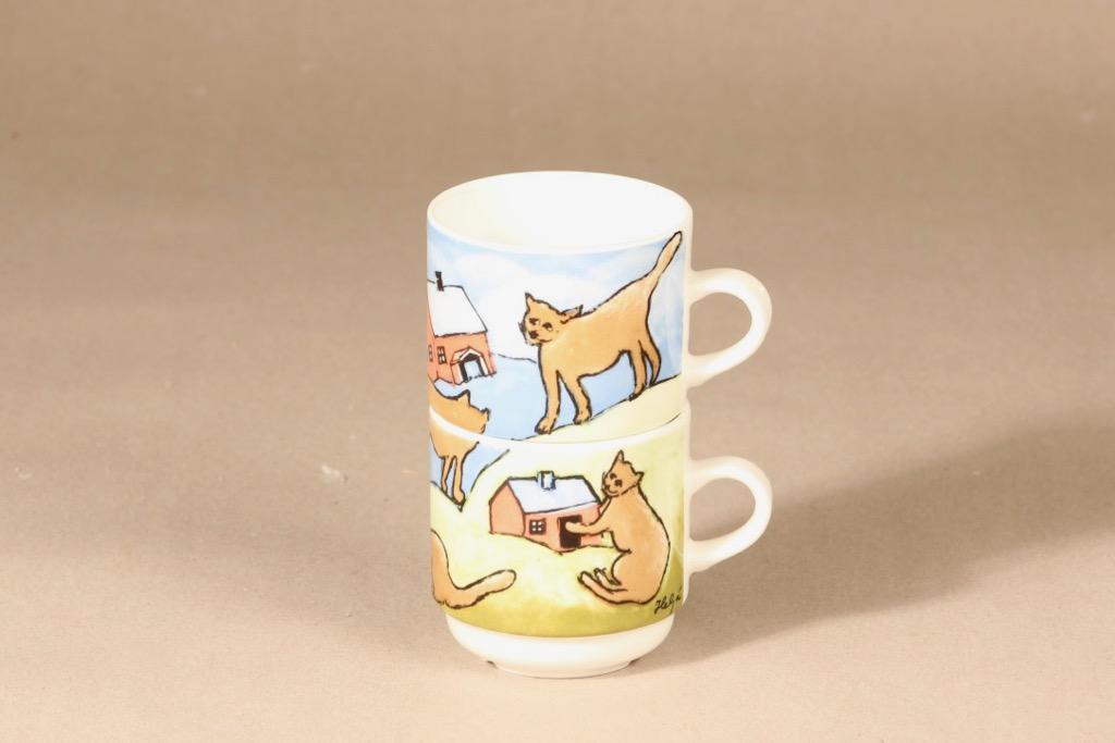 Arabia mug, 2-piece, stackable, designer Heljä Liukko-Sundström, silk screening, cat decoration