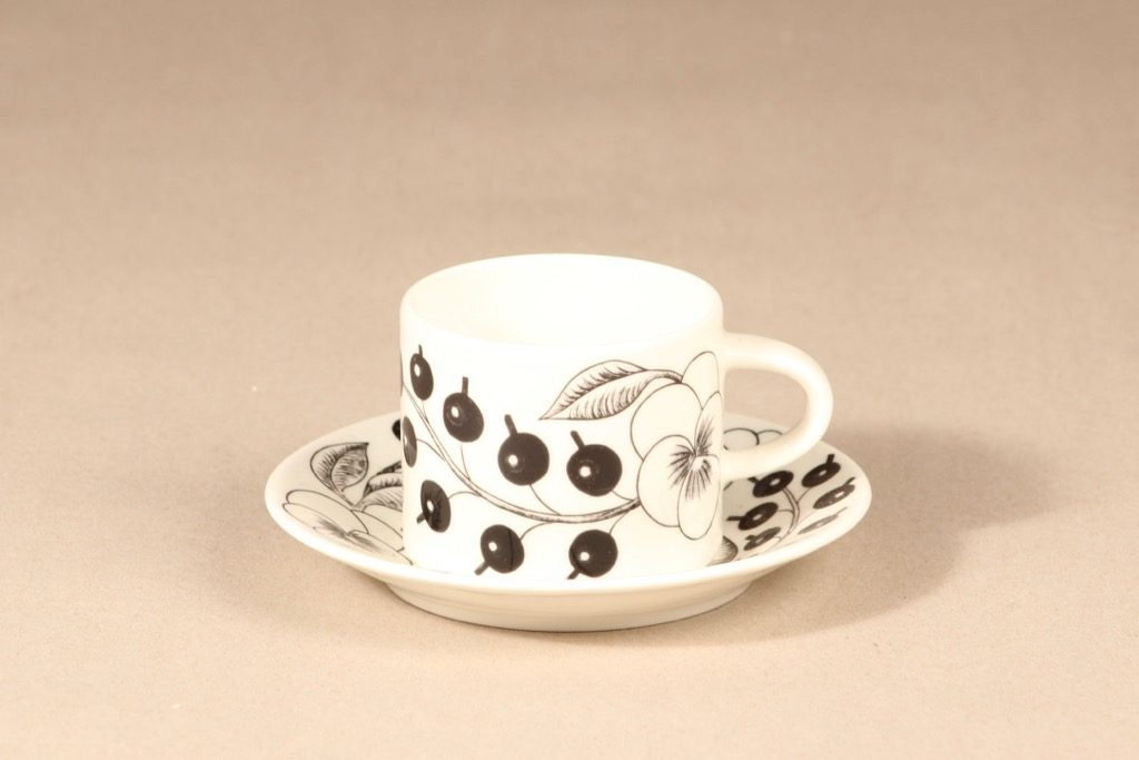 Arabia Paratiisi coffee cup, black and white, Birger Kaipiainen