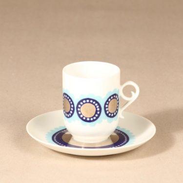 Arabia Tanja kahvikuppi ja lautaset, sininen, 3 kpl, suunnittelija Esteri Tomula, serikuva kuva 2