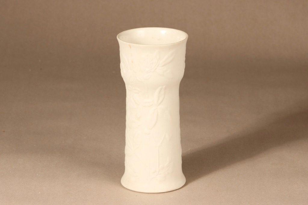 Arabia Suvi vase, white, designer Gunvor Olin-Grönqvist, matte glazing