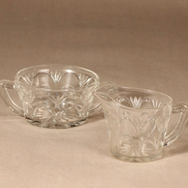 Riihimäen lasi sugar bowl and creamer, clear