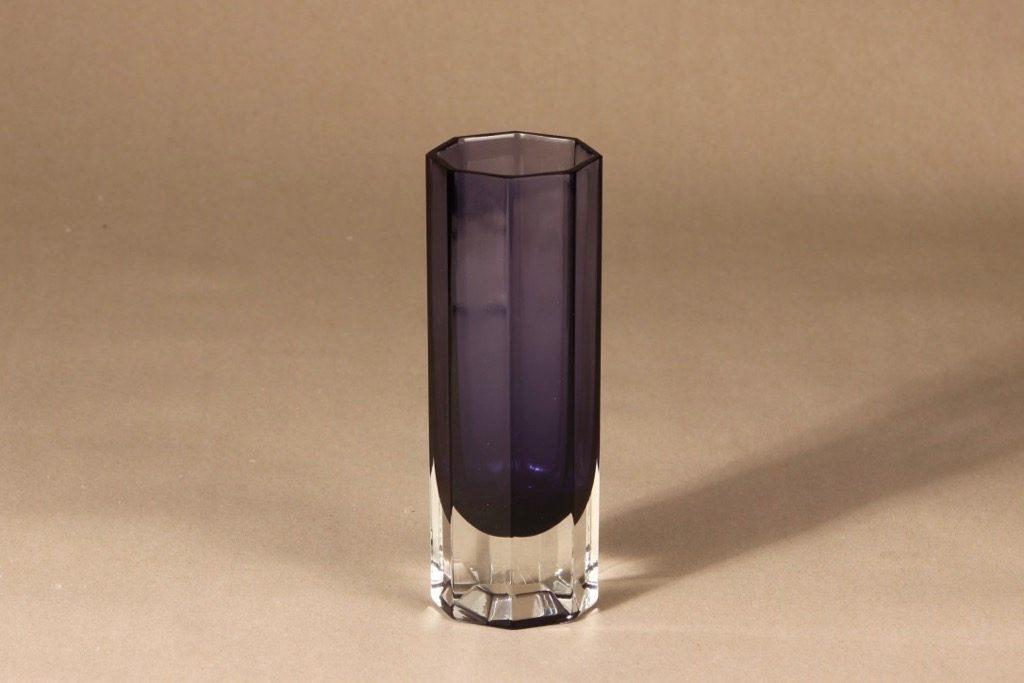 Nuutajärvi Mutteri vase, clear/lilac, Kaj Franck