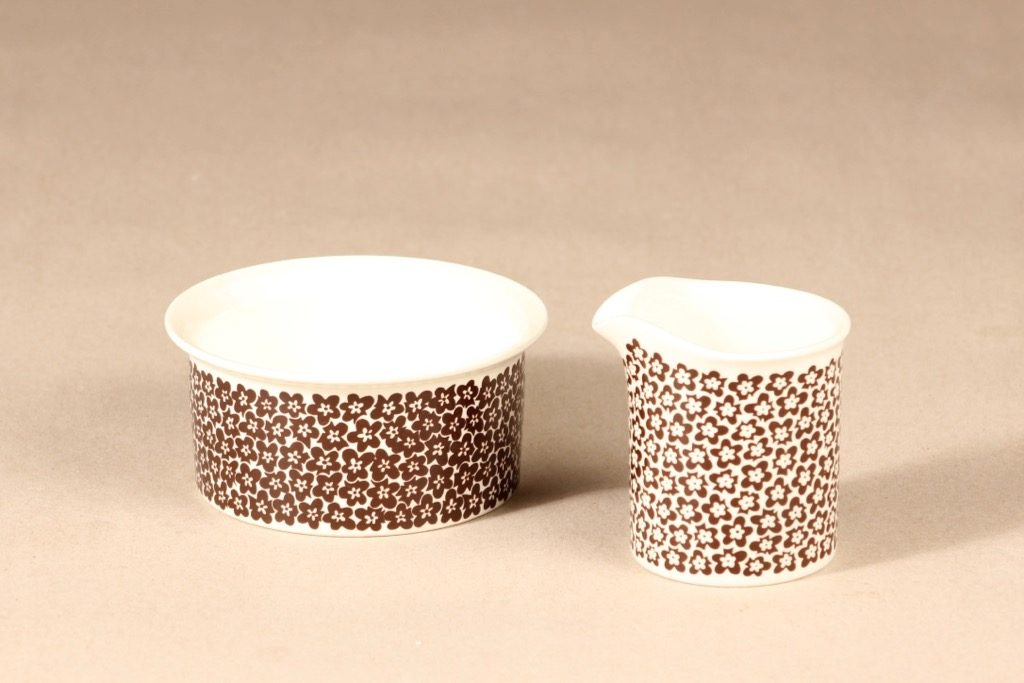 Arabia Faenza sugar bowl and creamer, brown flower, 2 pcs, designer Inkeri Seppälä, silk screening, flower theme