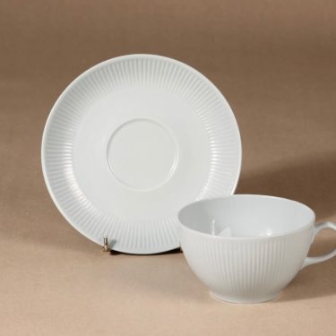 Arabia Sointu tea cup, saucer and plate, light blue, Kaj Franck, 3