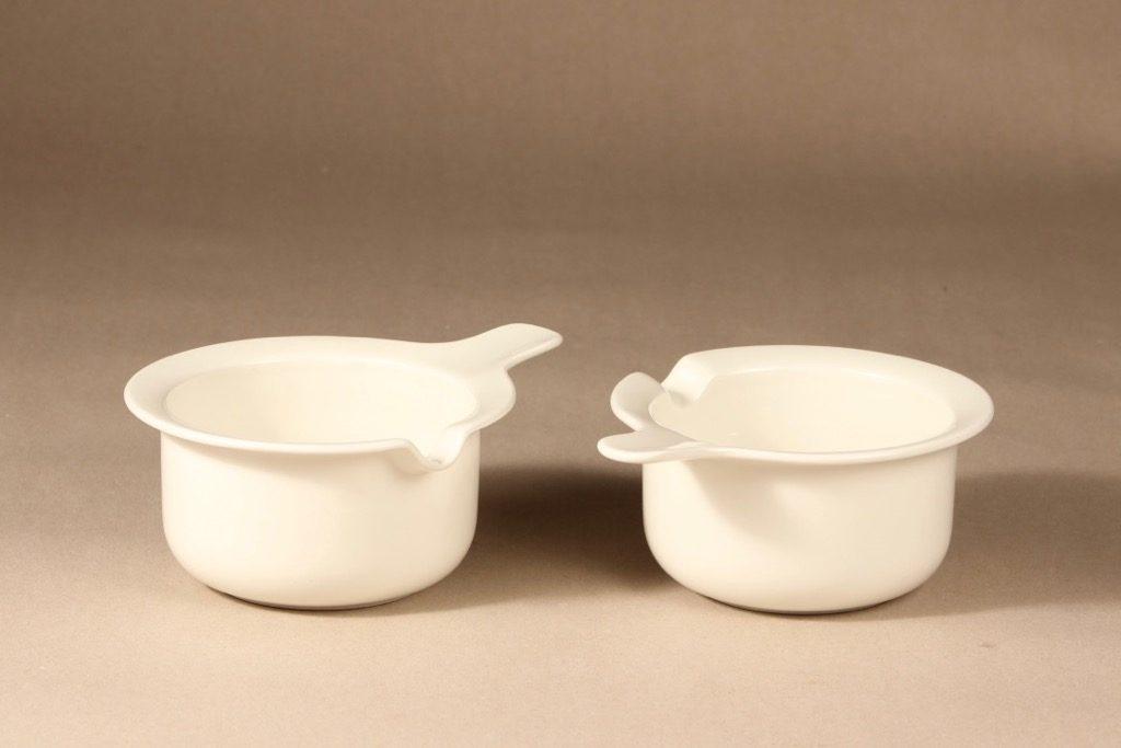 Arabia Arctica sauce pitcher, white, 2 pcs, designer Inkeri Leivo